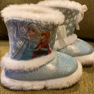 Disney Frozen Slipper boots